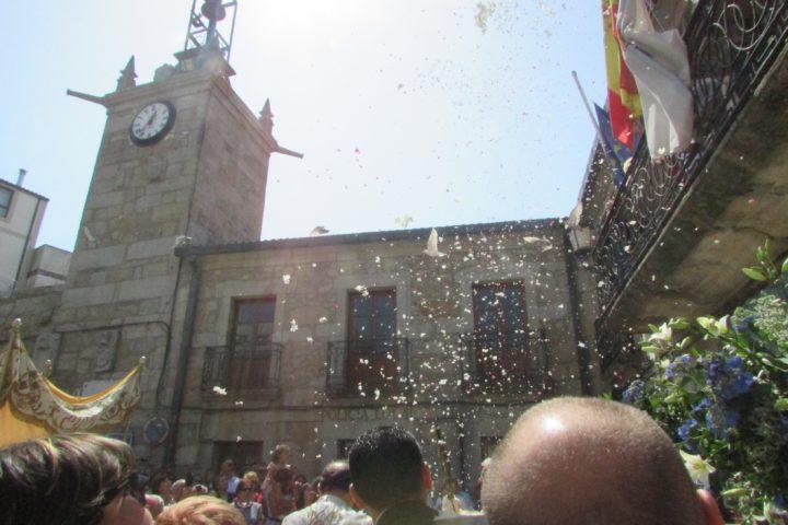 Procesión del Santísimo en Praza do Reló