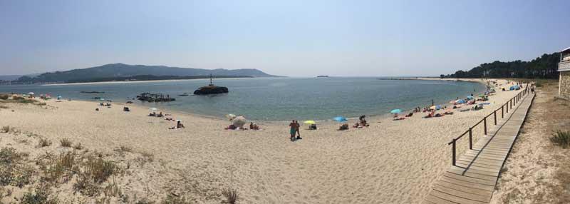 As praias marítimas e fluviais do Concello da Guarda amosan un estado de alta ocupación no que vai do mes de agosto, sendo elixidas por milleiros de bañistas que día a día visitan estes espazos naturais.