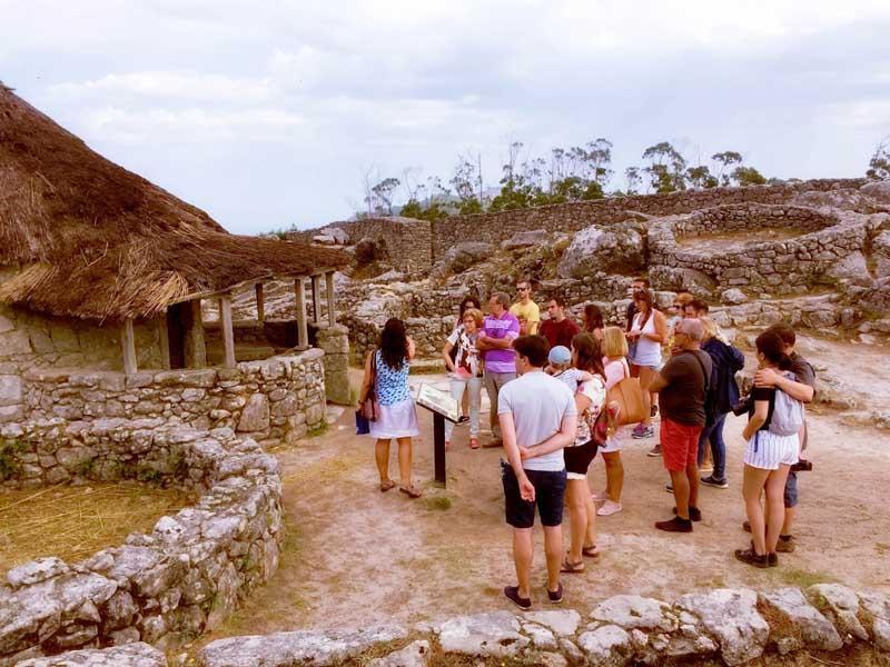 De xeito xeral, as tarefas desenvoltas na oficina de información turística baseáronse na atención directa do visitante; proporcionando información turística, tanto sobre os recursos e eventos de interese da localidade, como sobre os existentes na comarca e localidades próximas.