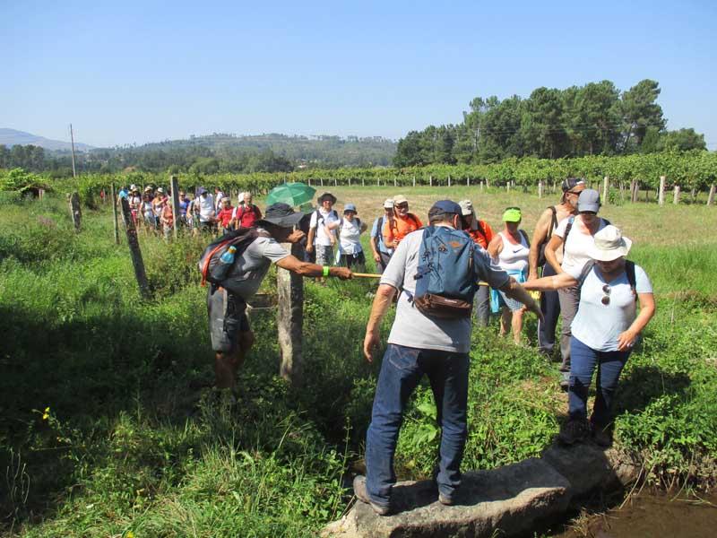 La primera ruta de esta nueva sesión se celebró el pasado sábado día 15 de septiembre, donde los participantes recorrieron la «Ruta da Cova Moura» en las tierras portuguesas de Monçao con una distancia total de cerca de 20 km.