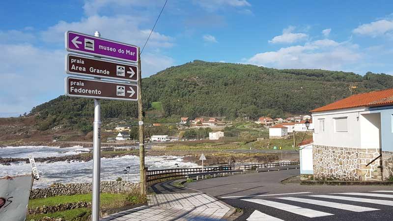 El Ayuntamiento de A Guarda viene de mejorar la señalización turística gracias a una subvención para actuaciones de mejora de las infraestructuras turísticas de Turismo de Galicia presentada a comienzos de este año.