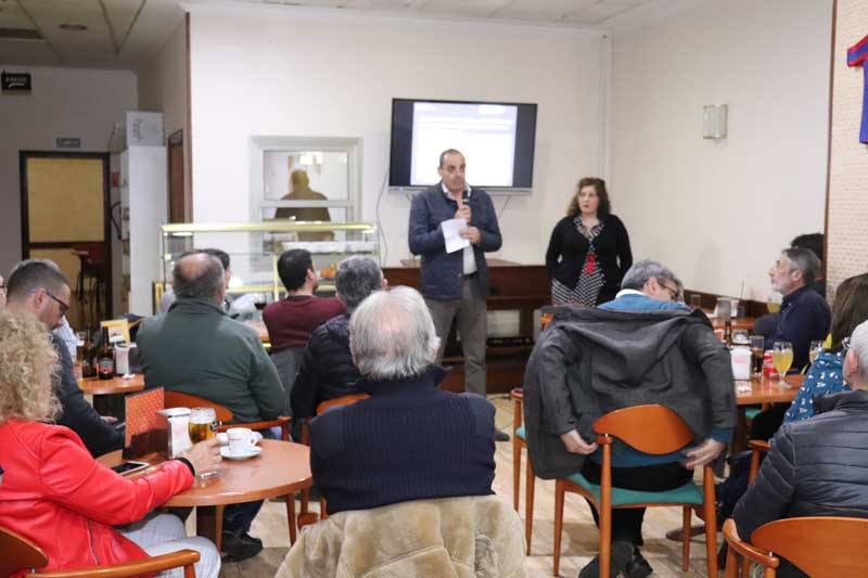O pasado venres día 15 de marzo de 2019 tivo lugar na Cafetería Marbella da Guarda a quinta e última Barferencia de Inverno 2018-19 na Guarda, un ciclo que nesta edición contou cun total de 5 citas, nas que a afluencia de público foi extraordinaria.